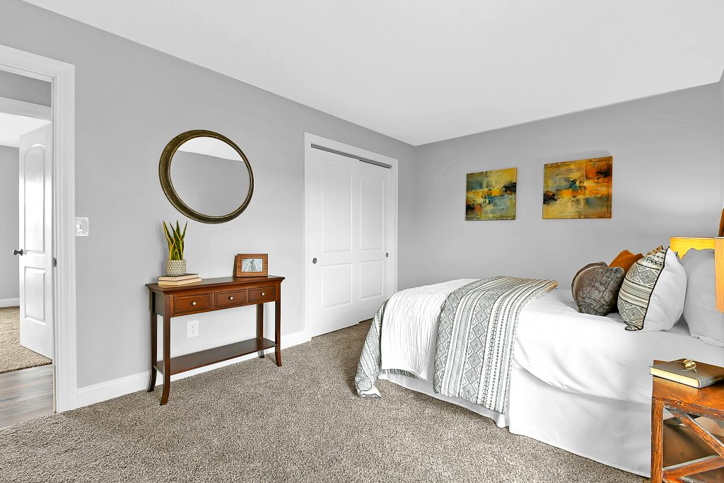 Bedroom 5968 Waterview Drive 19