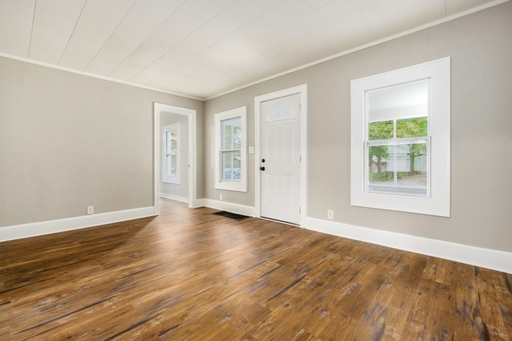 Room 1573 Zettler Rd 019